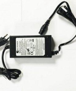 Chargeur 24V 1500 mA